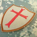 Desert AOR1 Crusaders Templar Cross US Marine Navy Seals DEVGRU Embroidered Attache-boucle Écusson Patch de la marque image 1 produit